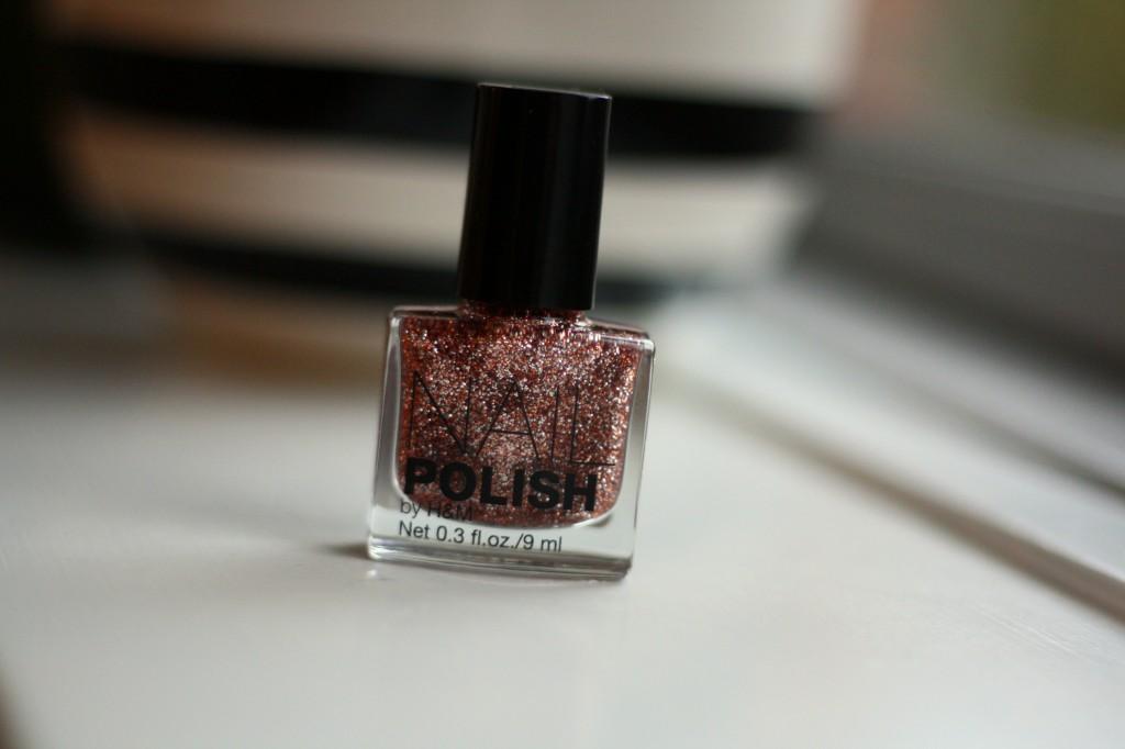 glitter neglelak_by.bak blog