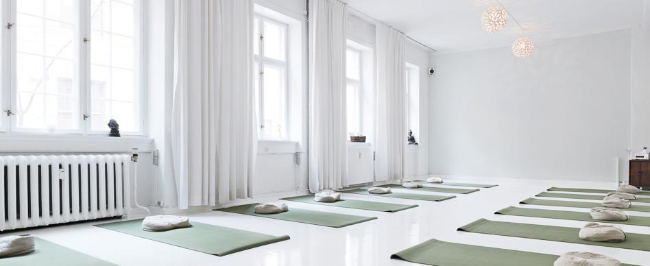 Kvinde yoga_yogini yoga Trine Hedegaard