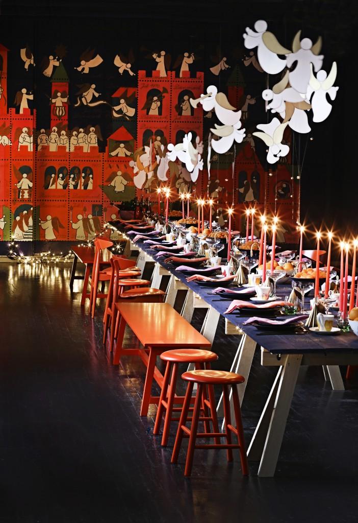 Opdækning af julebord Royal Copenhagen