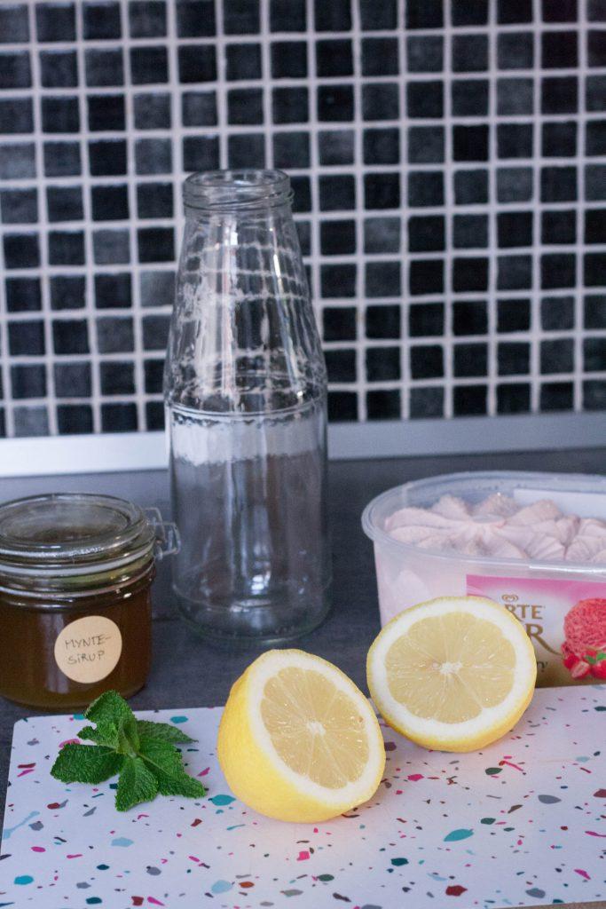 Jordbær lemon milkshake OPSKRIFT