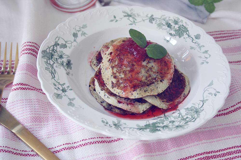 opskrift Amerikanske pandekager af koldskål med blå birkes