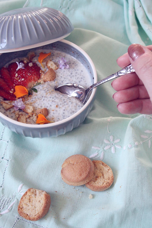 opskrift chiagrød med koldskål