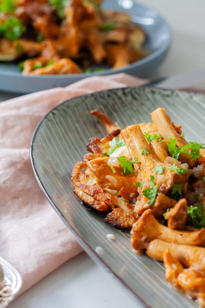 opskrift kartoffel rösti og smørstegte svampe