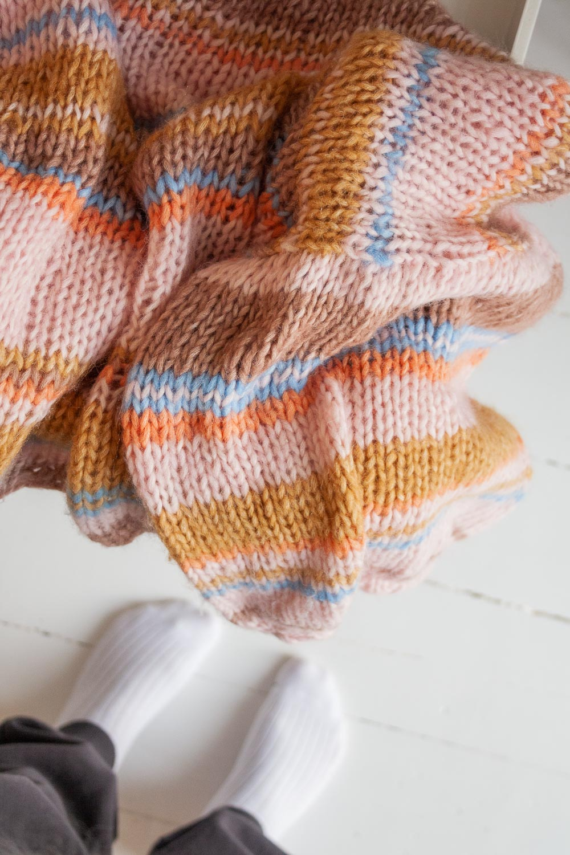 begyndervenlig strikkeopskrift chunky drømmesweater