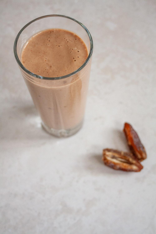 Proteinshake chokolade og dadel