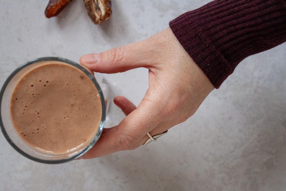 proteinshake dadel chokolade opskrift