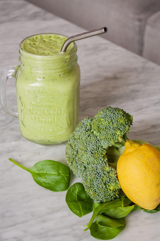 Grøn protein smoothie shake